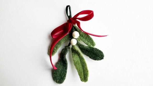 Upcycled sweater mistletoe