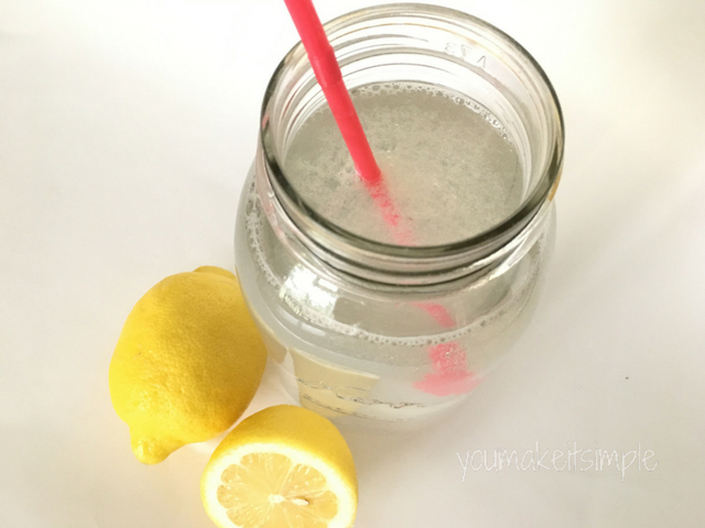 lemon water - youmakeitsimple.com