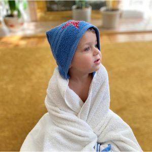 hooded bath towel youmakeitsimple.com