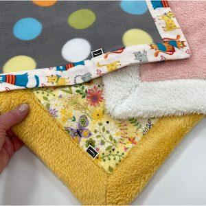 self binding plush blanket youmakeitsimple.com